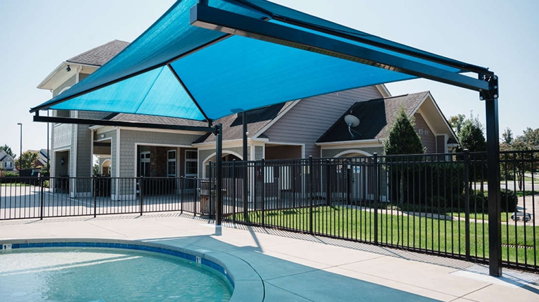Resort Pool Shade Kid Cantilever